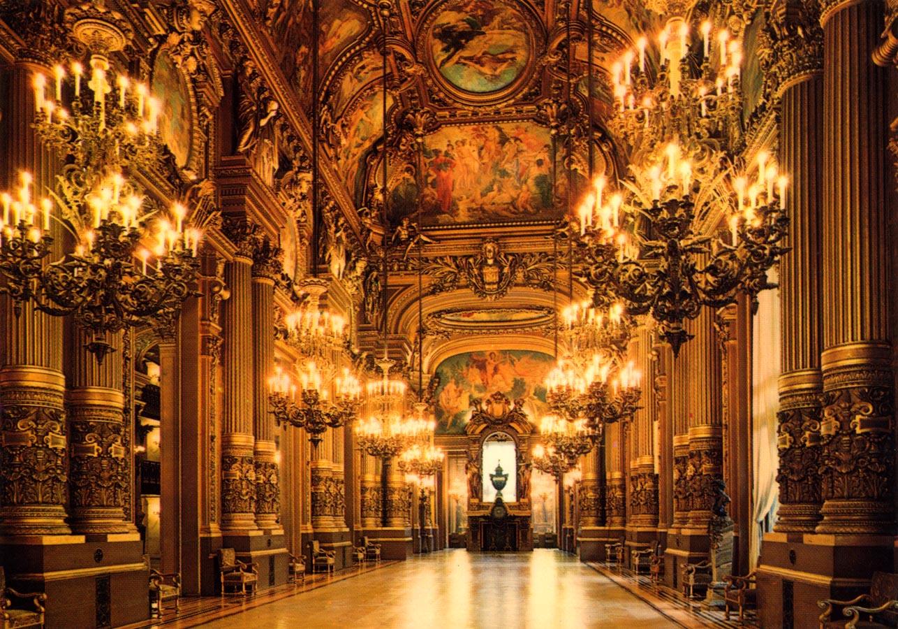 Superficie Grand Foyer Opera Garnier : Le grand foyer